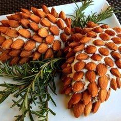 عسل و شكر - تزیین سالاد با بادام