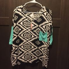 Pink Blush tribal Print Top Pink Blush Maternity Top but can fit a non pregnant women. With tags!! Never worn! Pink Blush Tops Tees - Long Sleeve