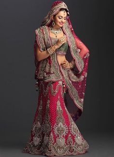 hint kina kiyafeti1 Hint Kına Kıyafetleri