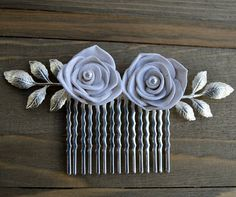 White Rose Bridesmaid Hair Comb, White Pearl Rose Hair Comb, White Rose Wedding Hair Comb, Bridal Hair Comb, Silver Leaves Hair Comb, Gift
