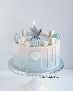 ristiäiskakku poikavauvalle Baby Cakes, Drip Cakes, Christening, Babyshower, Fondant, Chelsea, Baby Boy, Birthday Cake, Baking