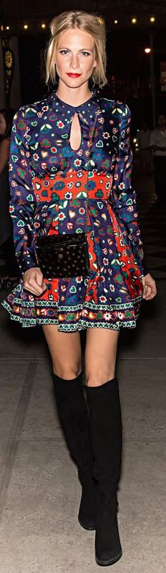 Poppy Delevingne rocking a '60s inspired dress and black knee-high boots Quoi Porter, Look Boho, 1960s Fashion, Well Dressed, Spring Summer Fashion, Dress To Impress, Celebrity Style, Poppy Delevingne, Style Inspiration