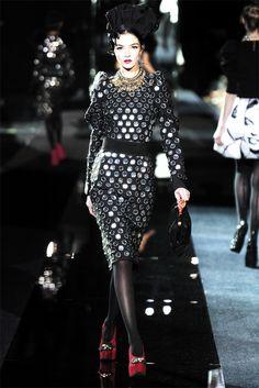 Sfilata Dolce & Gabbana Milano - Collezioni Autunno Inverno 2009/2010 - Vogue