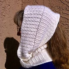 I decided to give this contest a project of my own design. I want cables on one side of the piece and ribbing on the other side. I chose a mobius design hoping it would highlight both sides of the . Sides For Ribs, Knit Cowl, One Sided, Knit Or Crochet, Knitted Hats, Pattern Design, Winter Hats, Knitting, Submission