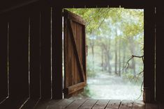 farm, shelter, barn doors, countri life, weight loss, beauti, barns, rustic wood, thing