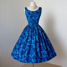 vintage 1950's dress  gorgeous big blue CABBAGE ROSE by traven7