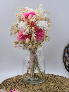 ramo novia Glass Vase, Home Decor, Home Interiors, Floral Bouquets, Festivus, Wedding Bouquets, Vases, Roses, Boyfriends