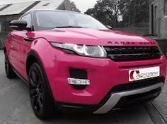 A hot pink range Rover, we're almsot certain this one is more for show and less for off-roading. #HotPink #Pink #RangeRover #Girly
