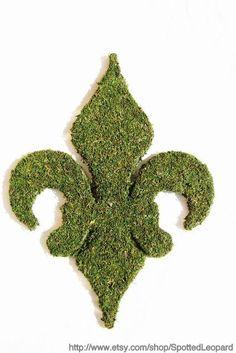 Moss Covered 18 inch Fleur De Lis Door Wreath by SpottedLeopard, $59.95