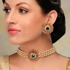 Gold Earrings Designs, Gold Jewellery Design, Bead Jewellery, Fashion Jewelry Necklaces, Necklace Designs, Gold Jewelry, Beaded Jewelry, Choker Necklaces, Indian Wedding Jewelry