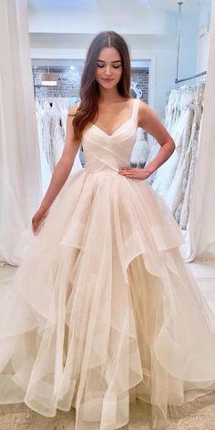 Bridal A-Line Straps Layered Brautkleid, V-Ausschnitt Ballkleid Brautkleid - My. Alpi , A-Line Straps Layered Brautkleid, V-Ausschnitt Ballkleid Brautkleid - My. [ A-Line Straps Layered Brautkleid, V-Ausschnitt Ballkleid Brautklei. Champagne Formal Dresses, Layered Wedding Dresses, Dream Wedding Dresses, Bridal Dresses, Bridesmaid Dresses, Wedding Gowns, Modest Wedding, Wedding Ceremony, Evening Gowns For Wedding