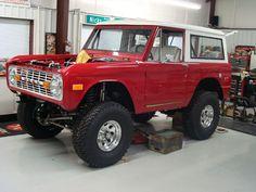 "NICK'S TRIX ::: Early Bronco Restorations - Custom Fabrication - ""MIAMI"" Project"