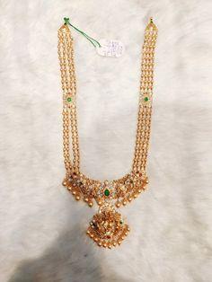 Gold Temple Jewellery, India Jewelry, Gold Jewelry, Beaded Jewelry, Jewlery, Gold Necklace, Cartier Jewelry, Jewelry Design Earrings, Gold Earrings Designs