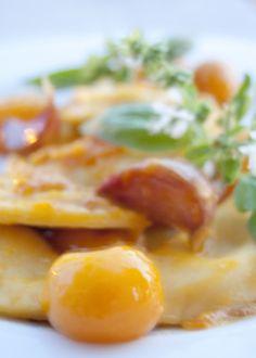 Ravioli al basilico con sugo di datterini gialli   L'idea Pellegrina foodblog