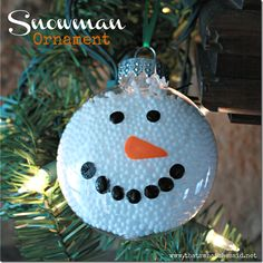 This fun snowman will promise not to melt on your tree!