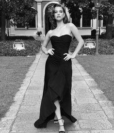 Barbara Palvin at the Venice film Festival Armani Beauty, 28 August Barbara Palvin, Barbara Mori, Victoria's Secret, Armani Beauty, Celebs, Celebrities, Diy Hairstyles, Female Models, Supermodels