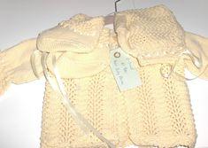 Nytt strikket hentesett - babysett 0/3 mnd Drops Baby, Burlap, Reusable Tote Bags, Fashion, Moda, Hessian Fabric, Fashion Styles, Fashion Illustrations, Fashion Models
