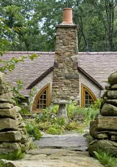 A Standout Hobbit House . . . Perfection in Pennsylvania!