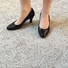 Black Patent Leather Pump You can never go wrong with the Classic black pump. Dress up or down. Wore 1 or 2 times with a few visible scuff marks. Sofft Shoes Heels