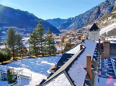Андорра ,  Андорра ла Велла 32 400 р. на 8 дней с 07 января 2017  Отель: Hotel Sant Jordi 2*  Подробнее: http://naekvatoremsk.ru/tours/andorra-andorra-la-vella-1