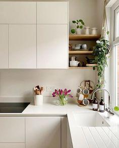 Open Kitchen And Living Room, Open Plan Kitchen, New Kitchen, Kitchen Dining, Kitchen Decor, Kitchen Ideas, Minimal Kitchen Design, Kitchen Room Design, Kitchen Interior
