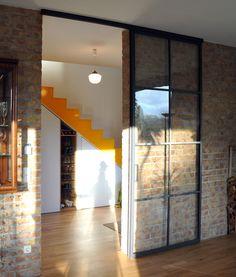 innent ren wei schiebet ren stilvoll schwarzer bodenbelag beautiful homes pinterest. Black Bedroom Furniture Sets. Home Design Ideas