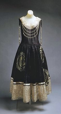 ~Lanvin Dress - SS 1924 - House of Lanvin  (French, founded 1889) - Design by  Jeanne Lanvin (French, 1867–1946) - Silk, metallic thread, glass - The Metropolitan Museum of Art~
