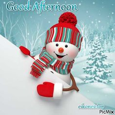 See the PicMix Christmas-Good Afternoon belonging to eikones.top on PicMix. Natural Christmas Tree, Gold Christmas, Christmas Snowman, Christmas Ornaments, Simple Christmas, Christmas Table Centerpieces, Snowman Tree, Noel Fielding, Winter Wonderland Christmas