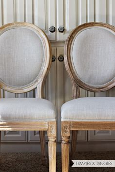 Vintage French Soul ~ TJ Maxx, Marshalls, or Homegoods Louis chairs sanded and stained to achieve a darker finish Kitchen Chairs, Dining Room Chairs, Side Chairs, Office Chairs, Lounge Chairs, Dining Set, Shabby Chic Kitchen, Diy Kitchen, Kitchen Nook