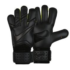 Nike GK Vapor Grip 3 Goalkeeper Glove (Black/Volt)