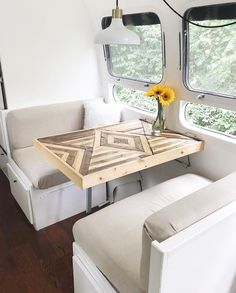 If you are looking for Rv Living Room Ideas, You come to the right place. Below are the Rv Living Room Ideas. This post about Rv Living Room Ideas was posted under th. Camper Interior, Diy Camper, Camper Life, Camper Ideas, Interior Design, Camper Van, Interior Ideas, Camper Storage, Build A Camper