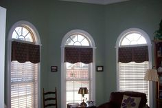 Arched Window Design Ideas For Your Home: Valances Arched Windows In Bay, Inside Mount Valances Blinds For Arched Windows, Arched Window Coverings, Curtains With Blinds, Curtain Valances, Roman Blinds, Drapery, Shaped Windows, Shades Blinds, Built In Bookcase
