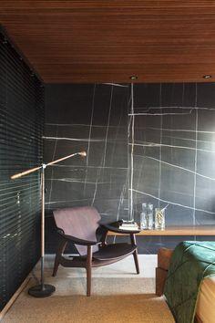 Gallery of Collector's Nook / mf+arquitetos - 4