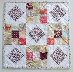 My daughter, Katie's  Christmas quilt came back from the quilter  recently and I have been looking so forward to sh...