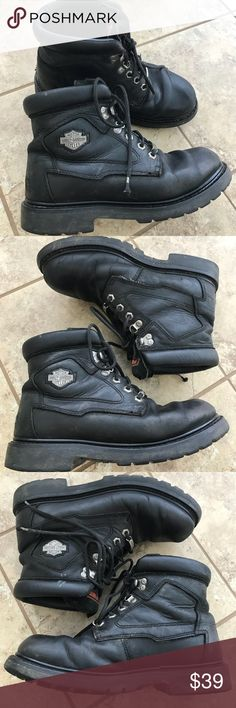 "Harley-Davidson Black Boots Men's 8 As they say ... ""road hard and put away wet""...these boots have logged miles. Please note all the pics showing scuffs, marks - and the worn out tag. My Nancy Drew detective work say these are a men's 8. You can barely see the UK 7, but that translates to a US 8, and matches the Euro 41 which you can barely see.   GALS: I'm an 8-1/2 and these fit me like a glove! Super comfy and broken in ....  Just know your getting a pair of very worn HD boots. No rips…"