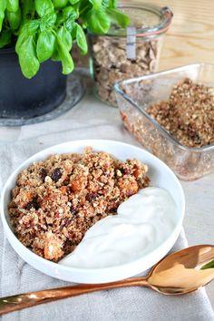 Ham and sesame rolls - Clean Eating Snacks Healthy Baking, Healthy Snacks, Healthy Recipes, Vegan Snacks, Food Porn, Good Food, Yummy Food, Snacks Sains, Clean Eating Snacks