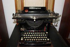 """""""Máquina de Escrever"""". Remington."""