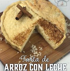 TARTA DE ARROZ CON LECHE   Comparterecetas.com Banana Bread, Desserts, Food, Arroz Con Leche, Pound Cake, Sweet Recipes, Pies, Kitchens, Tailgate Desserts