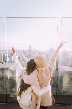 New travel friends photography nyc Ideas Best Friend Pictures, Bff Pictures, Travel Pictures, Travel Photos, Foto Best Friend, Best Friend Goals, Best Friends, Friends Girls, Image Clipart