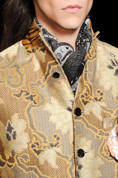 Etro Men's Details   Men's Fashion   Menswear   Moda Masculina   Shop at designerclothingfans.com