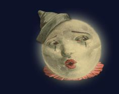 Pagliacci as the moon