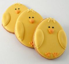Decorated Cookies Easter Chicks by katieduran on Etsy Cookies Cupcake, Galletas Cookies, Cupcakes, Fancy Cookies, Iced Cookies, Cute Cookies, Easter Cookies, Easter Treats, Holiday Cookies