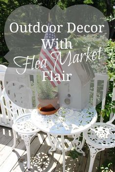 Who says decorating is only for inside the home? Give your outdoor decor the vintage vibe using flea market items alongside new vintage style pieces! Flea Market Style, Flea Market Finds, Flea Markets, Diy Furniture Projects, Easy Diy Projects, Furniture Refinishing, Refurbished Furniture, Furniture Redo, Repurposed Furniture