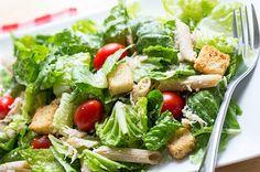 Skinny Chicken Caesar Pasta Salad - idea for lunch Salad Recipes, Diet Recipes, Chicken Recipes, Cooking Recipes, Healthy Recipes, Recipies, Pasta Recipes, Healthy Foods, Diet Meals