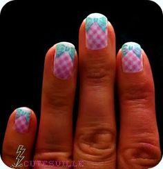gingham nail art - they match a bathing suit I own!