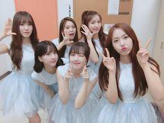 """GFriend leva a terceira vitória com """"Love Whisper"""" no Music Bank"""