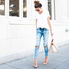 """Christine Andrew on Instagram: """"Sharing some of my favorite staples (like these jeans) I've had for months (or years) that are now on sale through tomorrow. Head to the blog for deets: hellofashionblog.com"""""""