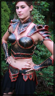 Leather armor: Is it weird that I want an outfit like this to wear around the house?