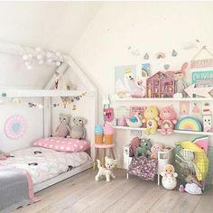 Kids Rooms Ideas For Girls Toddler Daughters Princess Bedrooms 23 Teenage Girl Bedrooms, Girls Bedroom, Bedroom Decor, Bedroom Ideas, Toddler Rooms, Toddler Bed, Kids Rooms, Princess Bedrooms, Pastel Room