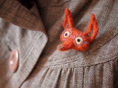 fox brooch - ahurie - needle felted brooch